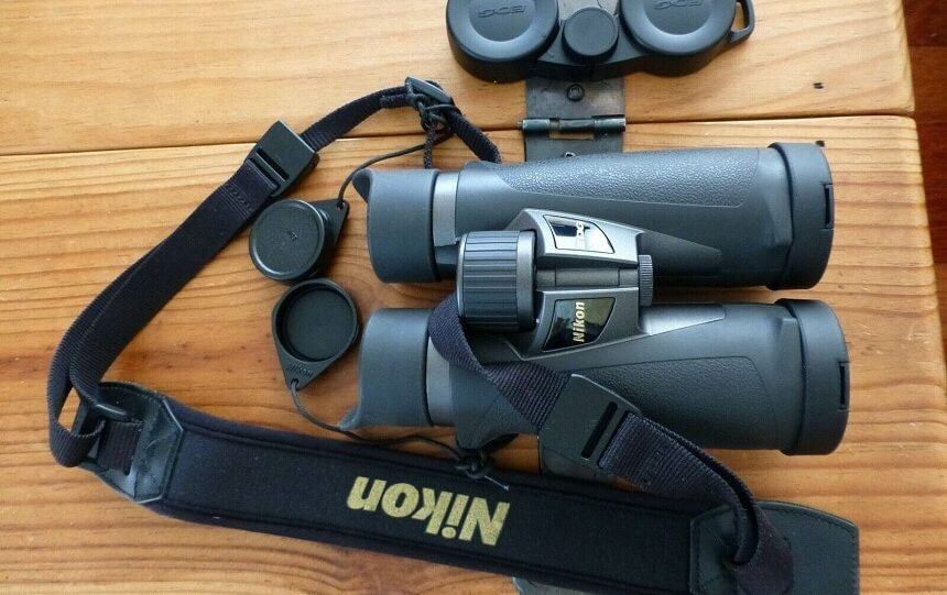 9 Best 10x42 Binoculars - Get a Clear View Even in Low Light Conditions
