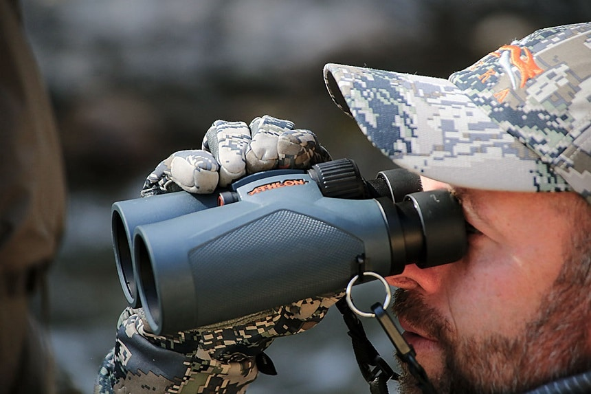 5 High-Quality Binoculars for Whale Watching – The Clearest Vision and Greatest Excitement