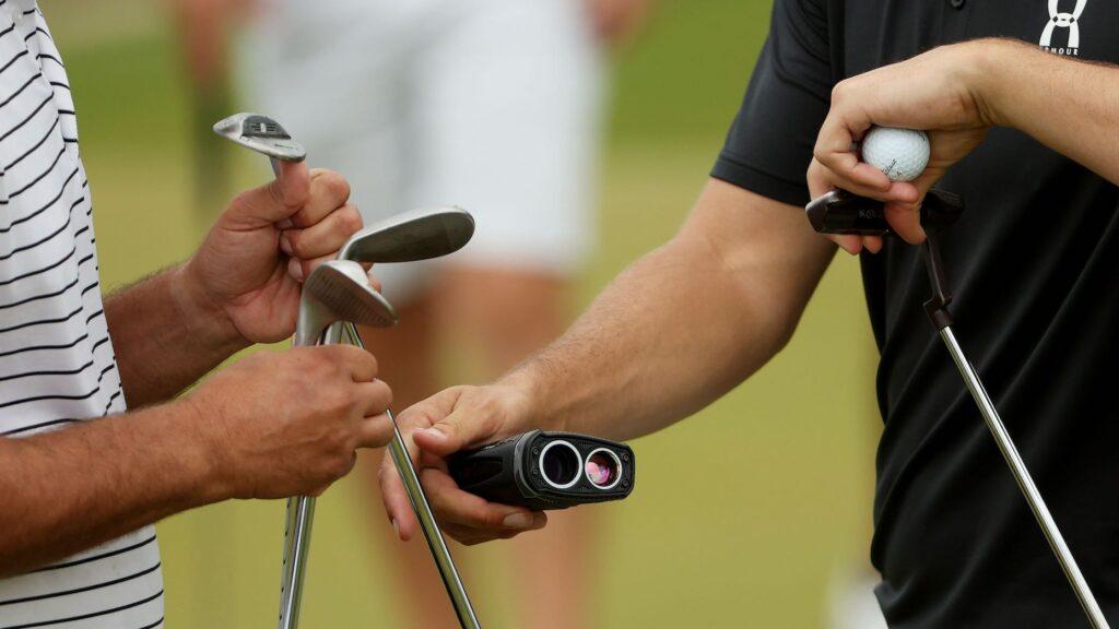Golf Rangefinder vs Hunting Rangefinder: Which is More Effective?